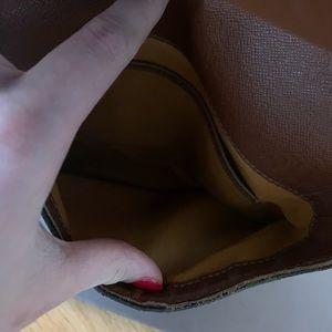 Louis Vuitton Bags - Authentic Louis Vuitton bag